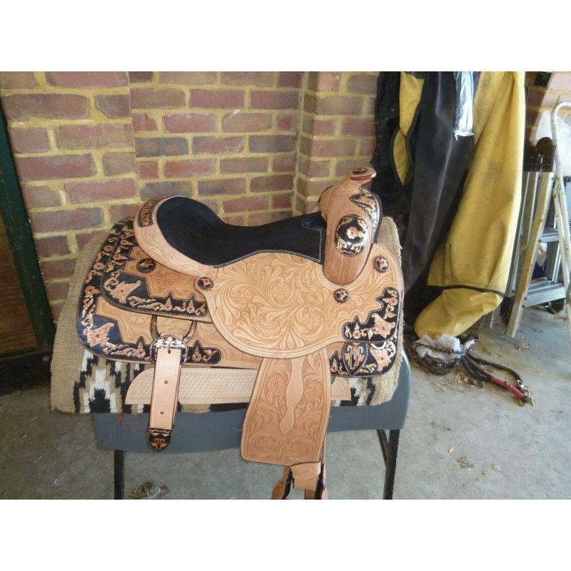 Western show saddle  model 740415