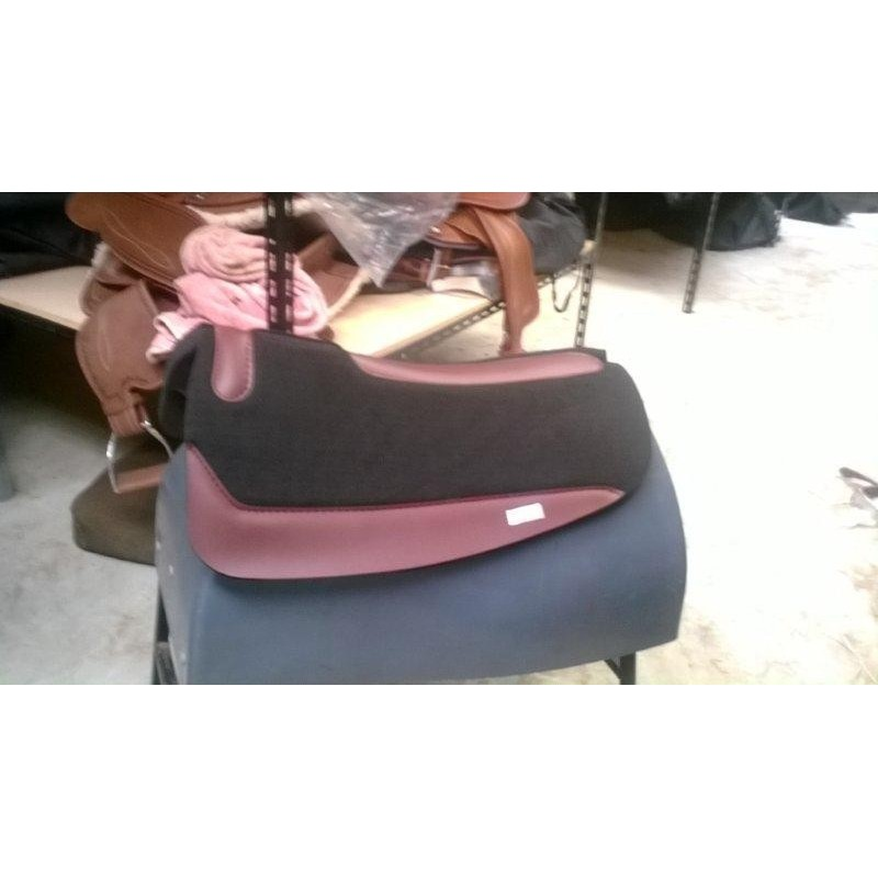 Neopreane Barrel racer shaped Sport saddle pad , $115 free post - Stock and western Saddle Pads