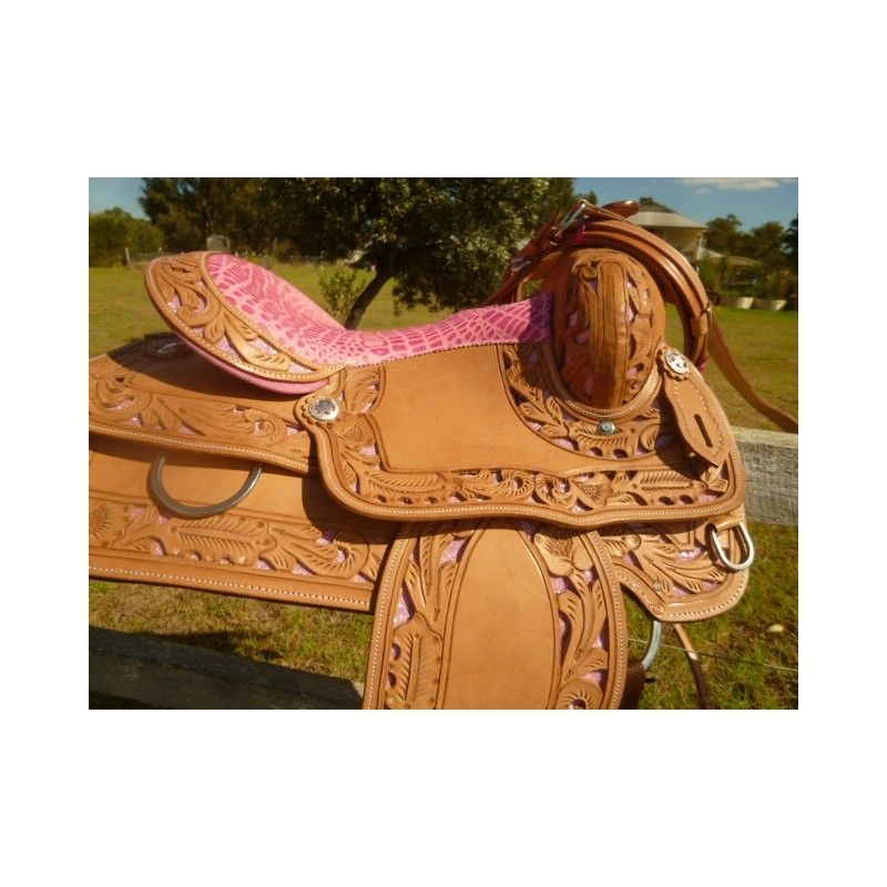 barrel and pleasure saddle ri226 15 inch pink inlay