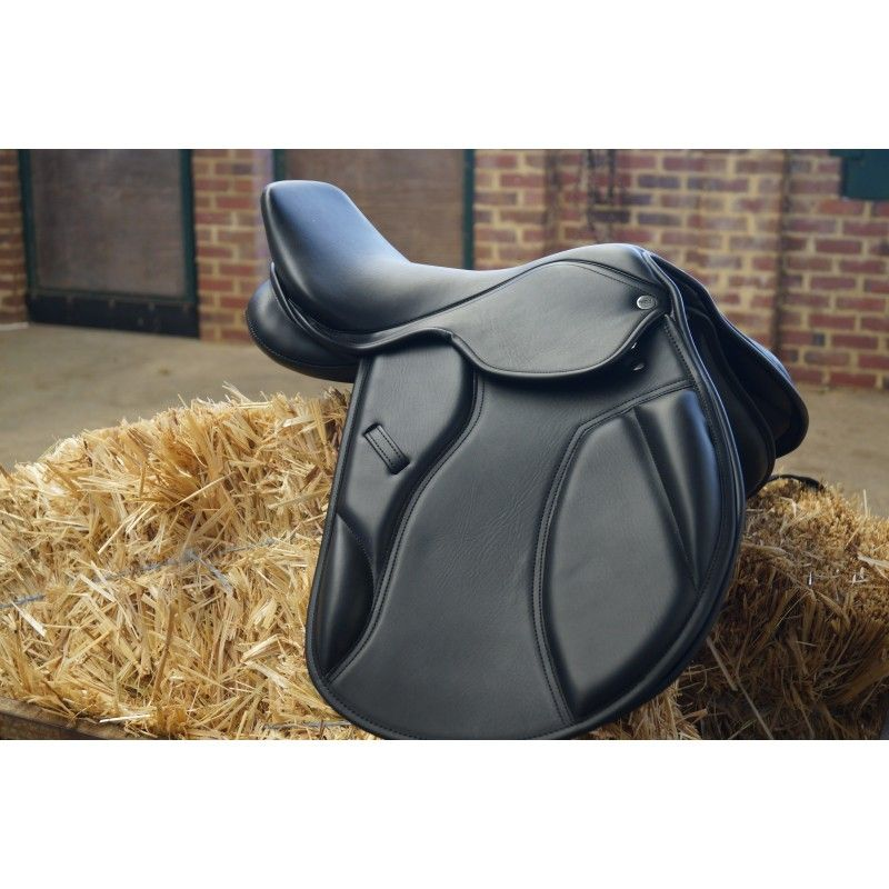 show saddle Toulouse Close contact model 1 synthetic